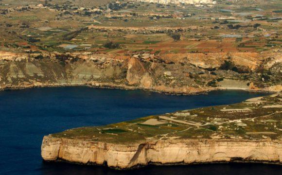 Fomm ir-Riħ bay